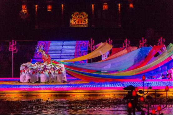 """华清宫《长恨歌》被评为""""游客最喜爱的十大夜间演艺"""""""